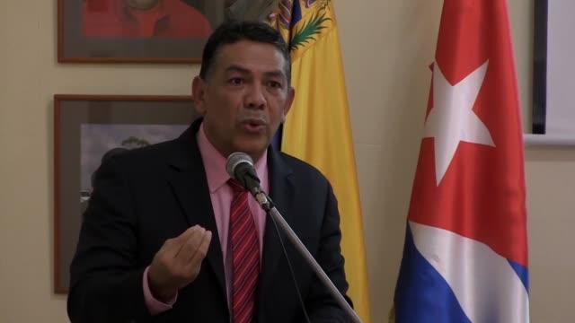 vídeos y material grabado en eventos de stock de venezuela esta estudiando la experiencia de cuba para enfrentar el bloqueo de estados unidos al que responsabiliza de la aguda crisis que vive afirmo... - ee.uu