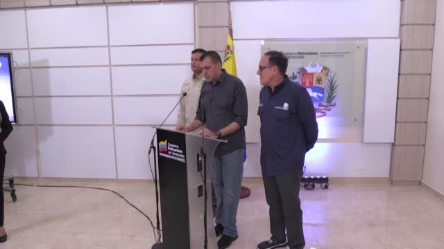 stockvideo's en b-roll-footage met venezuela suspendio el lunes por 90 dias las operaciones de la aerolinea portuguesa tap en el pais tras acusarla de permitir viajar con explosivos a... - transporte