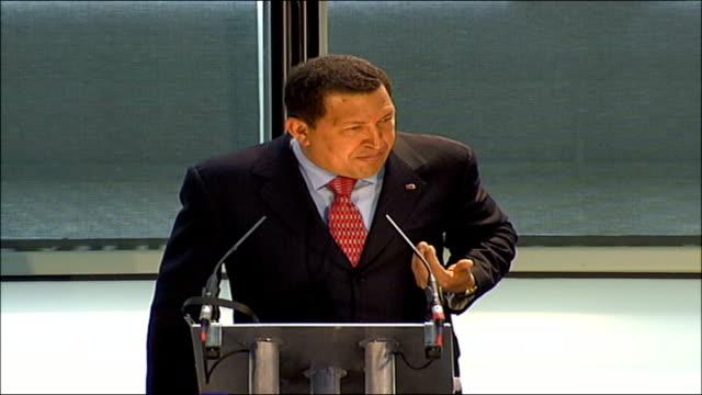 venezuelan president hugo chavez london visit continues england london city hall int hugo chavez speech to city hall sot un asesino un genocida un... - ウゴ・チャベス点の映像素材/bロール
