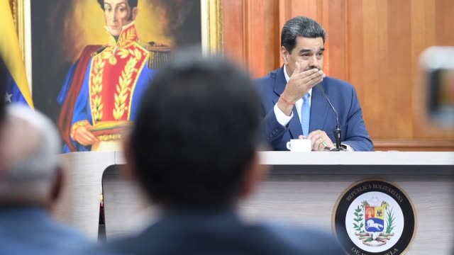 venezuelan president nicolas maduro said on friday that the government awaits for the day courts will order opposition leader juan guaido´s arrest... - 制裁点の映像素材/bロール