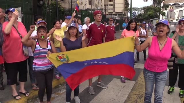 venezuelans demonstrate in the streets of caracas in protests called by opposition leader juan guaido on the fifth day of a crippling power blackout... - sabotage stock videos & royalty-free footage