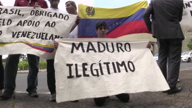 Venezuelans living in Brazil protest in front of the Ministry of Foreign Affairs in Brasilia to demand the intervention of the international...