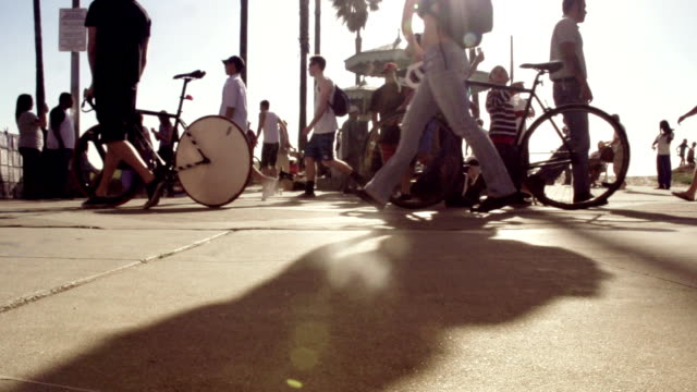 venice beach view - sidewalk stock videos & royalty-free footage