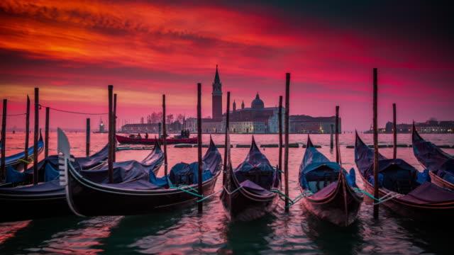 venice, gondolas at sunrise - romantic sky stock videos & royalty-free footage