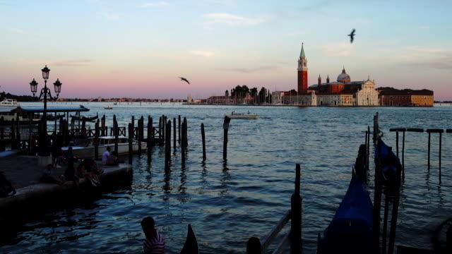 Venice gondolier ride