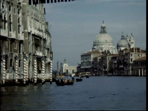 venice, grand canal and doges palace, italy, 1950 - grand canal venice stock videos & royalty-free footage