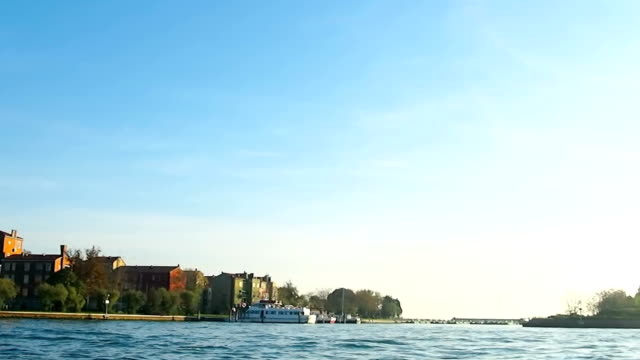 stockvideo's en b-roll-footage met venice ,italy - passagiersboot