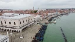 Venice on quarantine - Sant Mark square