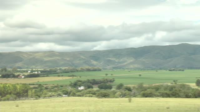 ms pan verdant farms / via general belgrano, cordoba, argentina - argentinien stock-videos und b-roll-filmmaterial