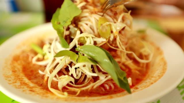 Vermicelli thai food, Slow motion