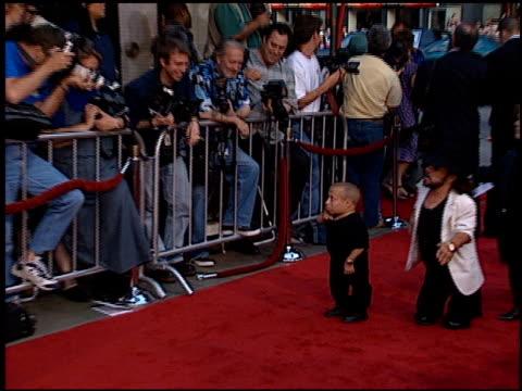 verne troyer at the 'south park' premiere at grauman's chinese theatre in hollywood california on june 23 1999 - verne troyer stock videos & royalty-free footage