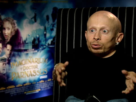 verne troyer on his reaction to the film on the enormity of the world in the film on the special effects and on the monks scene at the the... - verne troyer stock videos & royalty-free footage