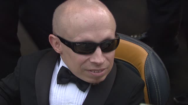verne troyer on whether he has a limit on the money he spends tonight at the cannes film festival 2009 amfar red carpet at antibes - verne troyer stock videos & royalty-free footage