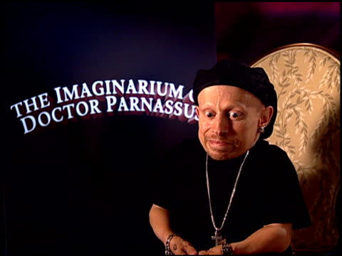 verne troyer on working with terry gilliam at the 'the imaginarium of doctor parnassus' junket at beverly hills ca - terry gilliam stock videos & royalty-free footage