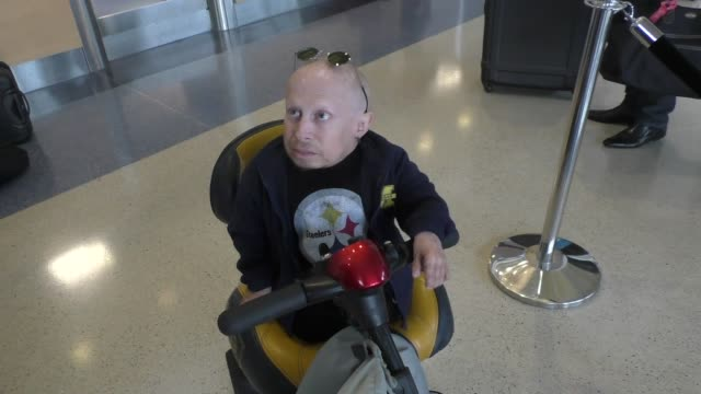 interview verne troyer talks about the term a mental midget while departing at lax airport in los angeles in celebrity sightings in los angeles - verne troyer stock videos & royalty-free footage