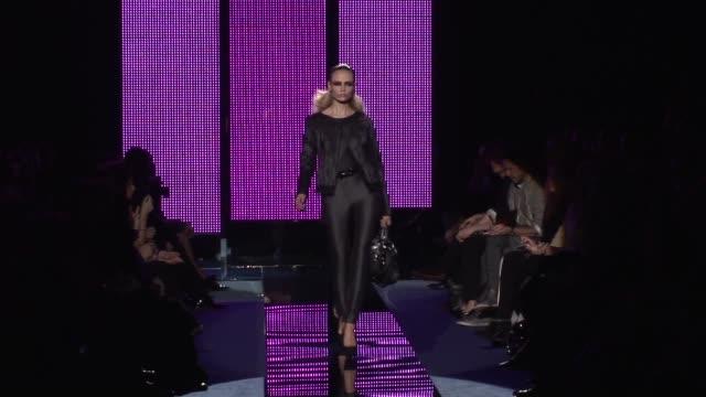 milan fashion week a/w 2009 at the versace: milan fashion week a/w 2009 at milan . - versace designer label stock videos & royalty-free footage