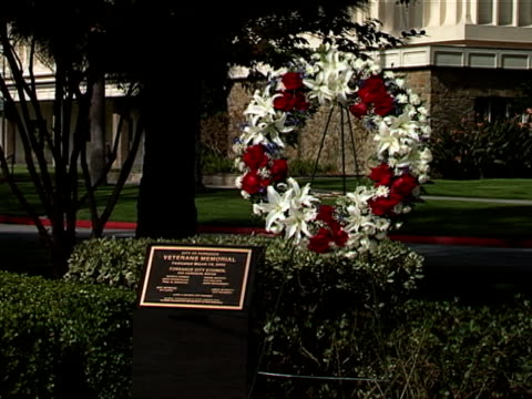 veteran's wreath 01 - stargazer lily stock videos & royalty-free footage