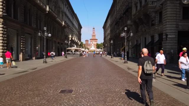 via dante, 9 hyperlapse view in milano, italy - milan stock videos & royalty-free footage