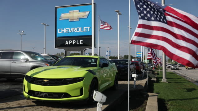 vibrant green chevrolet displayed in apple chevrolet dealership tinley park illinois usa on tuesday october 1 2019 - car showroom stock videos & royalty-free footage