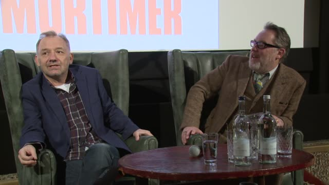 vídeos de stock, filmes e b-roll de vic and bob on their bucket list on january 13, 2016 in london, england. - vic reeves