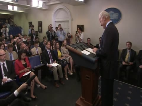 stockvideo's en b-roll-footage met vice president joe biden comments on senate hearing with bp chief executive tony hayward during press conference - bp