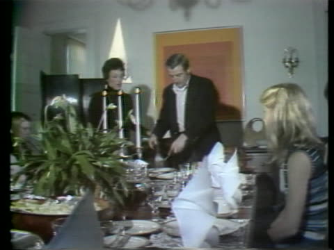 vice president walter mondale and family enjoying thanksgiving dinner. there is a medium opening shot of vice president walter mondales family... - thanksgiving politics stock videos & royalty-free footage