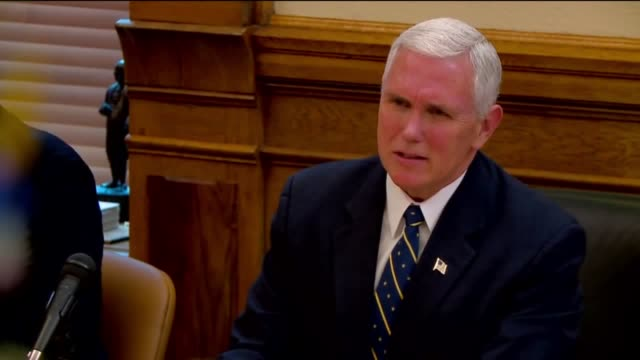 wxin vice presidentelect indiana governor mike pence met with indiana governorelect eric holcomb for a cabinet meeting at the indiana statehouse on... - 長点の映像素材/bロール