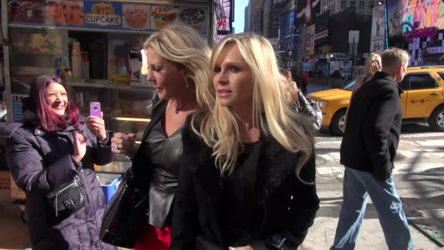 vicki gunvalson and tamra barney at the vh1 studio vicki gunvalson and tamra barney at the vh1 studio on april 03 2013 in new york new york - vh1 stock videos & royalty-free footage