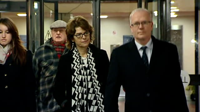 vicky pryce found guilty of perverting the course of justice england london southwark crown court photography** vicky pryce departing court with... - ビッキー・プライス点の映像素材/bロール