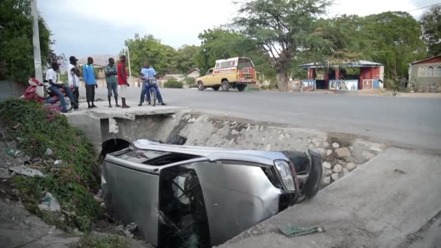 victims of a transit accident receive medical attention at la providence hospital in gonaives - hispaniola stock videos & royalty-free footage