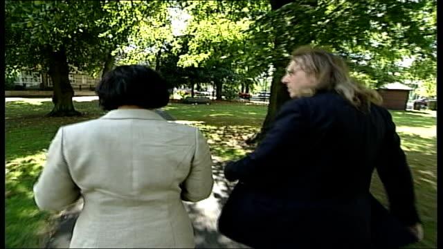 victims of crime; england: cambridge: ext shiulie ghosh & paul maguire walking through park where he was attacked park paul maguire interview sot -... - offer människoroller bildbanksvideor och videomaterial från bakom kulisserna