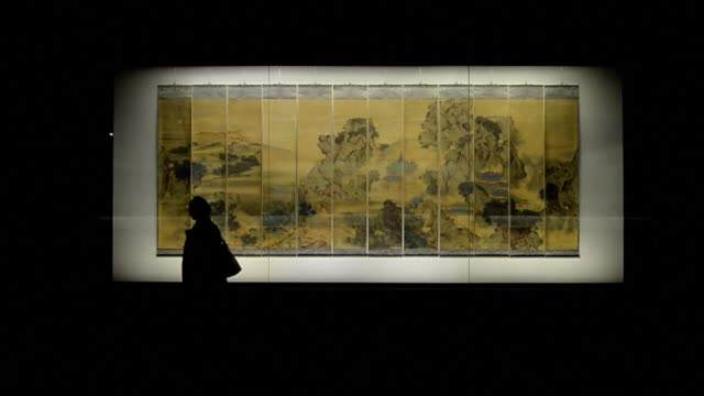 victoria and albert museum previews a new exhibition on masterpieces of chinese painting clean londons va showcases chinese on october 23 2013 in... - victoria and albert museum london stock videos & royalty-free footage