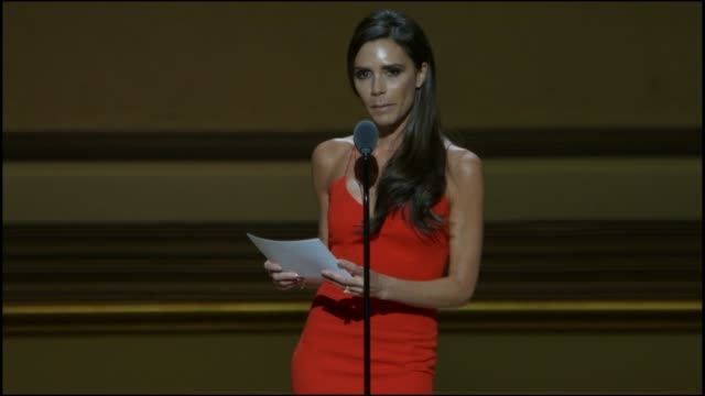 victoria beckham accepts her award at glamour magazine's 25th annual women of the year awards at carnegie hall on november 09, 2015 in new york city. - 2015 stock videos & royalty-free footage
