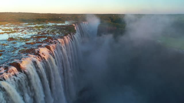 victoria falls, zimbabwe - waterfall点の映像素材/bロール
