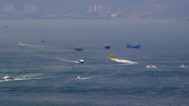 victoria harbor, hong kong - traghetto star video stock e b–roll