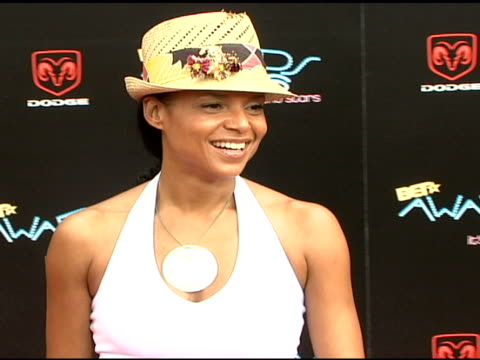 victoria rowell at the 2006 bet awards arrivals at the shrine auditorium in los angeles california on june 27 2006 - black entertainment television stock videos & royalty-free footage