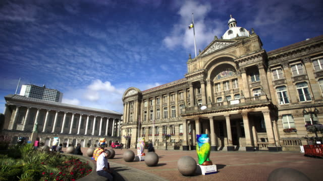 victoria square, birmingham, uk - town hall stock videos & royalty-free footage