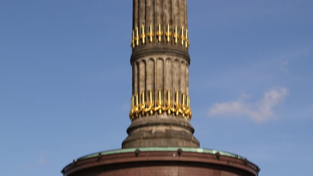victory column / siegess��ule - monumente stock-videos und b-roll-filmmaterial