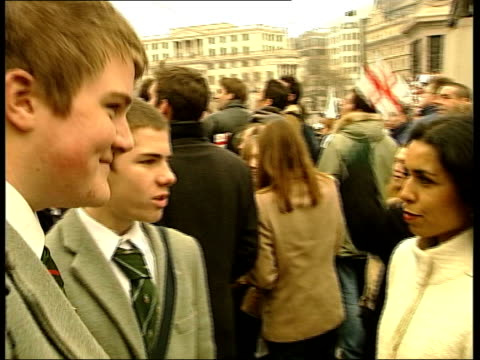 the fans; news at ten: nina nannar england: london: trafalgar sqaure: ext gvs schoolboys from the st george's under-15 rugby team from hertfordshire... - top of the pops stock videos & royalty-free footage