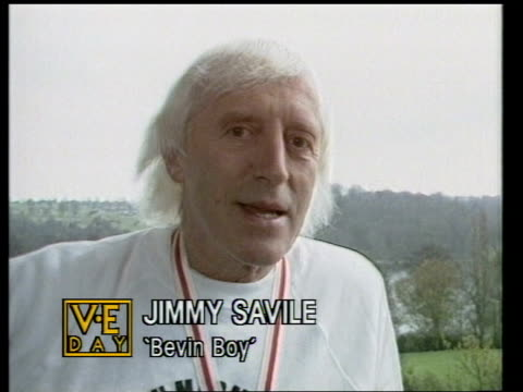 victory remembered part 1 cms jimmy saville intvw - ジミー サヴィル点の映像素材/bロール
