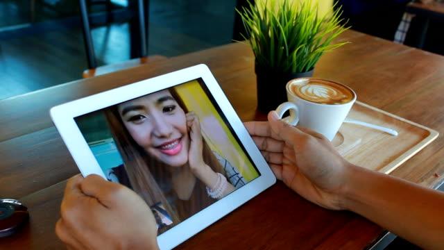Video an und live stream auf elektronische Tablet