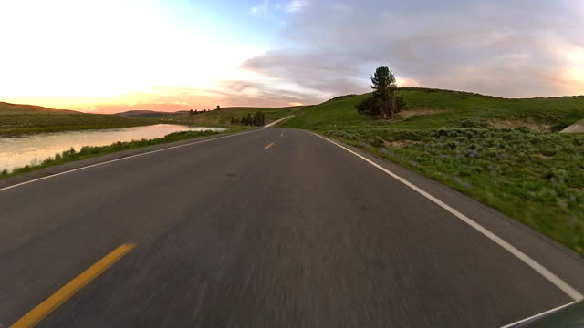 Video rijden Scenic Road in het Nationaal Park Yellowstone Wyoming USA