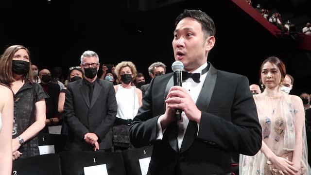 vídeos y material grabado en eventos de stock de video footage taken on july 11 at the 74th iteration of the cannes international film festival shows ryusuke hamaguchi, director of the japanese... - haruki murakami