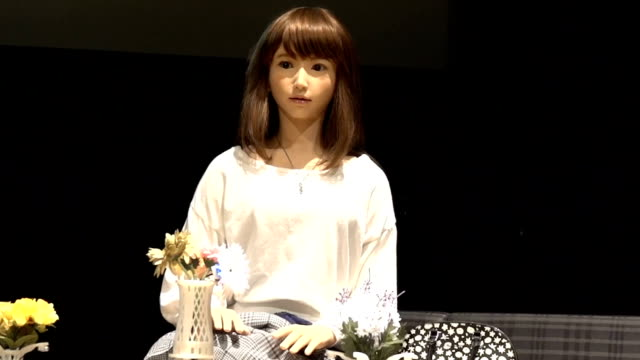 video footage taken on july 31 shows erica a humanoid robot responding to an interviewer's questions during an demonstration held at the miraikan... - 発話点の映像素材/bロール