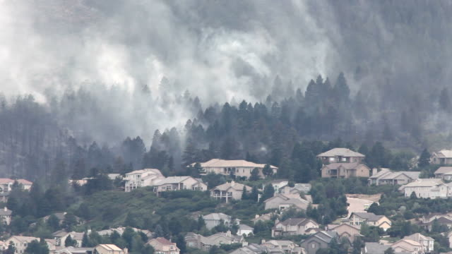 HD video forest burns above homes in Colorado Springs