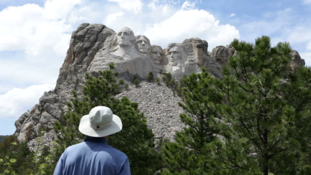 hd video mount rushmore national monument - mt rushmore national monument stock videos and b-roll footage