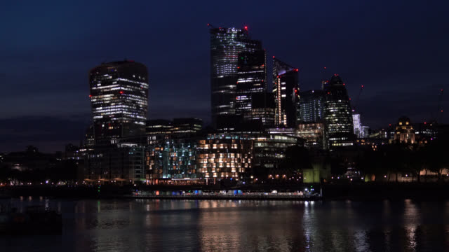 UHD Video Of Cityscape Of London Financial District In Dusk