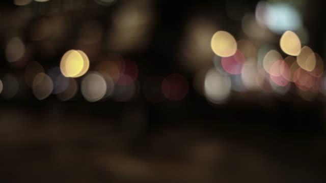 多重都市夜景の 4 k 映像 - 焦点点の映像素材/bロール