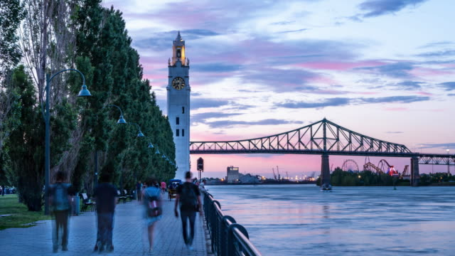 vídeos de stock e filmes b-roll de video of montreal city at sunset during summer. - montréal