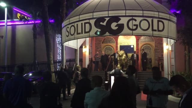 video of stormy daniels at michael j peter's solid gold club in pompano beach fl appearing as a vip guest performer on stage stormy daniels has been... - stormy daniels video bildbanksvideor och videomaterial från bakom kulisserna